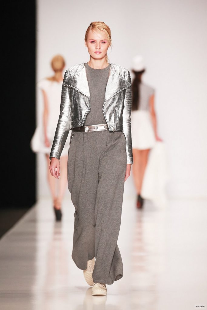 Best Looks From Lena Karnauhova Spring-Summer 2015 Runway