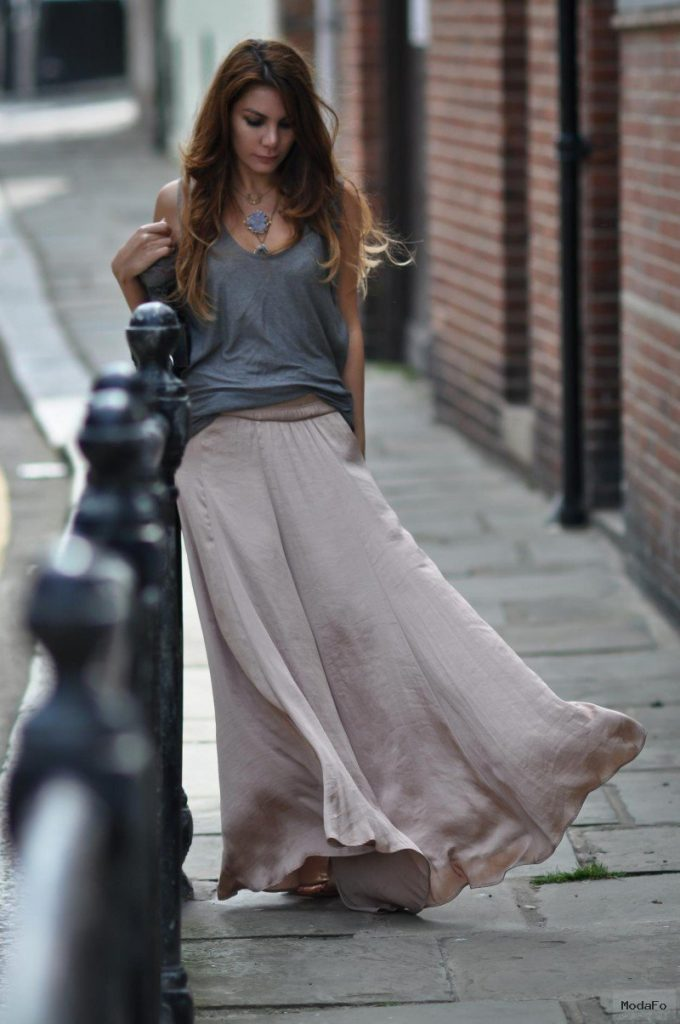 MAXI SKIRTS – THE TRENDIEST SUMMER DRESS FOR 2016 – Godfather Style