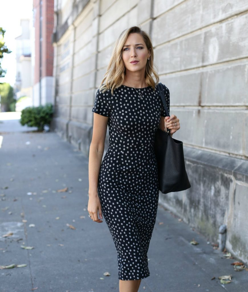 anthropologie-black-short-sleeve-sheath-dress-polka-dot-classic-work-wear-office-business-professional-women-style-fashion-(6)