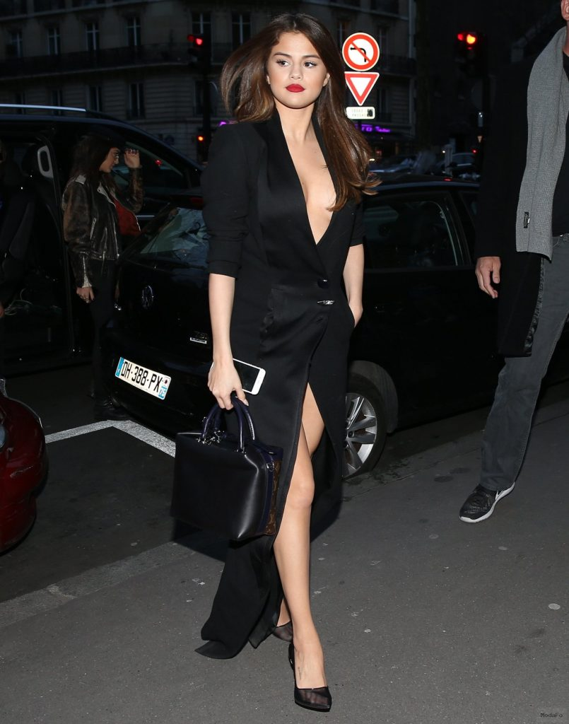 Cele|bitchy | Who had the best street style during PFW: Selena …