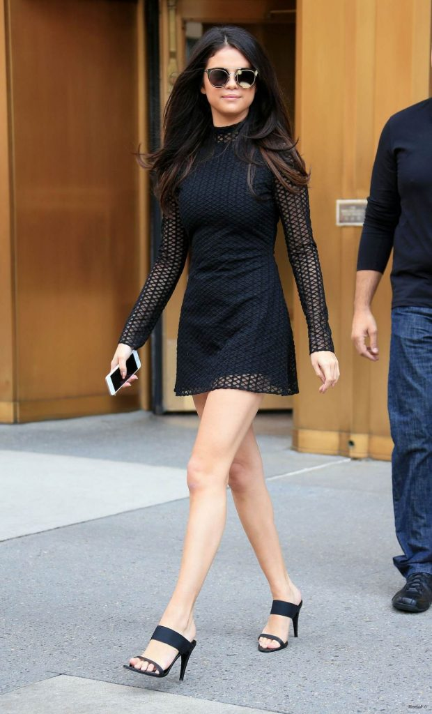 Selena Gomez Latest Photos – CelebMafia