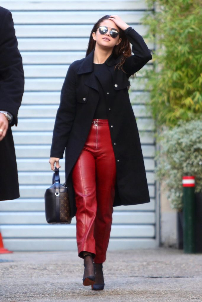 selena-gomez-street-fashion- …