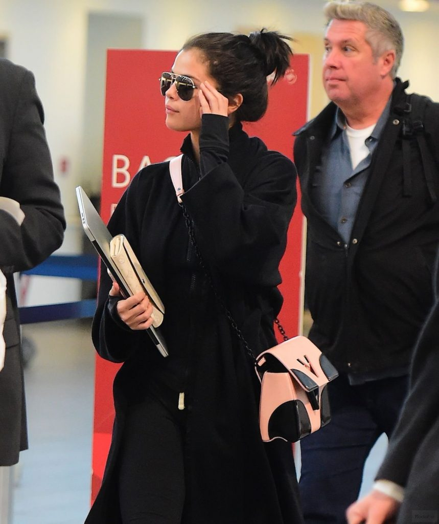 Selena Gomez Street Style – Arriving at Laguardia Airport in New …