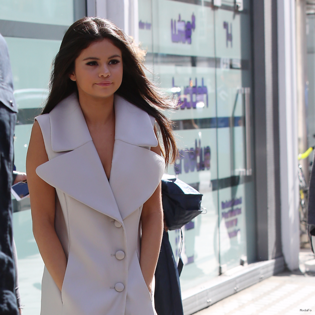 Selena Gomez's Grown-Up Style | Video | POPSUGAR Fashion