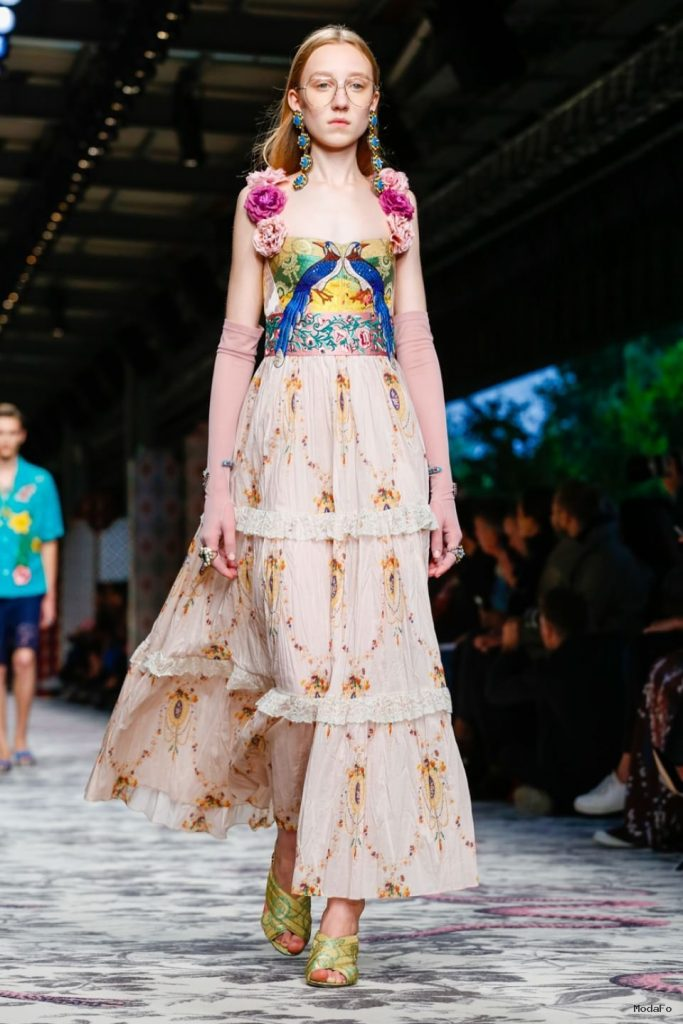 Gucci Sparkle in Their Spring/Summer 2016 | Fashion | Design Trends